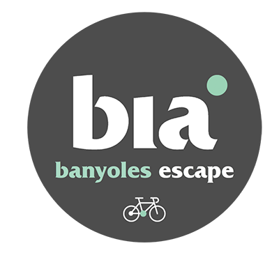Banyoles-Escape_Grey_bike_use